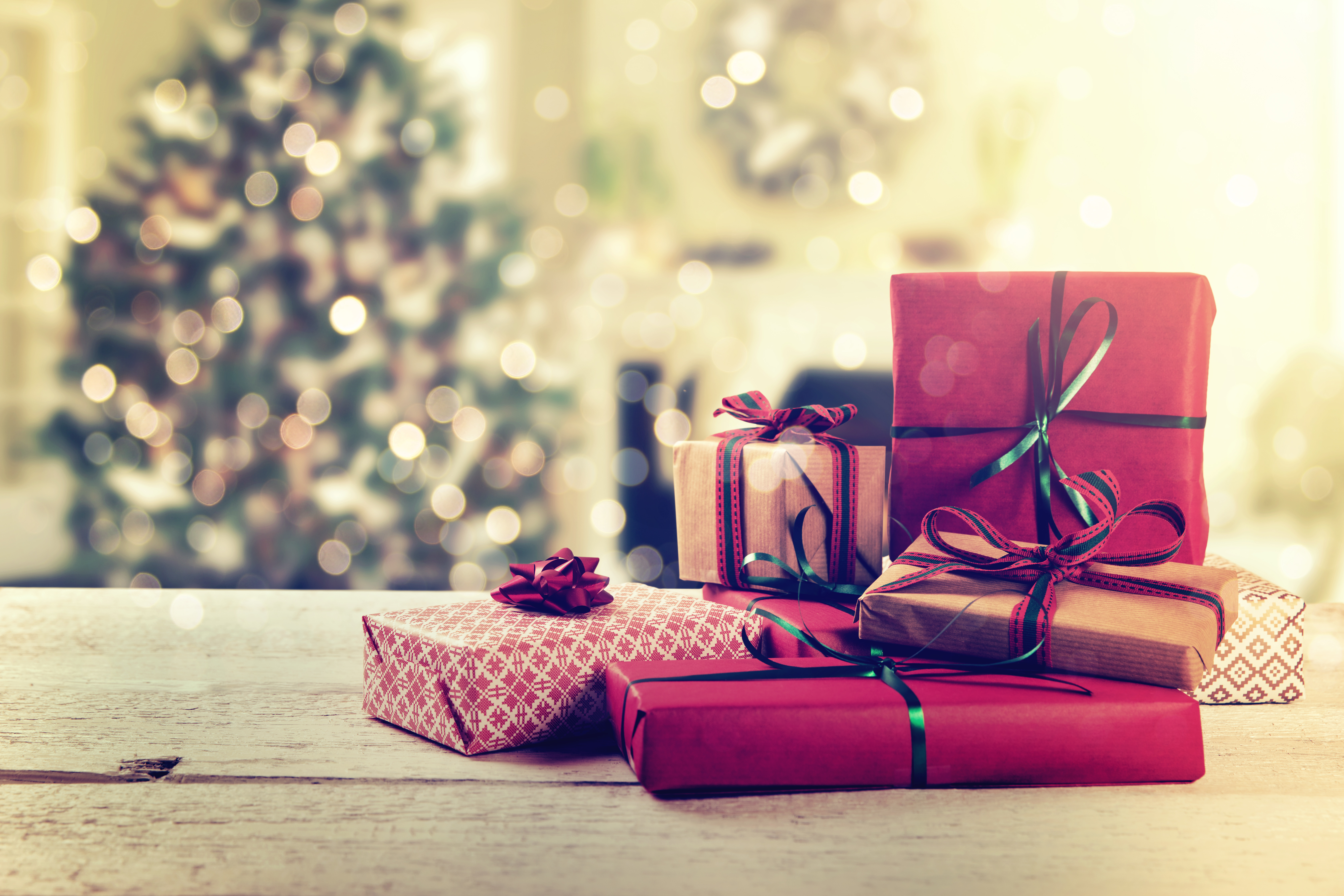 12 of the best Christmas Gifts for Travelers