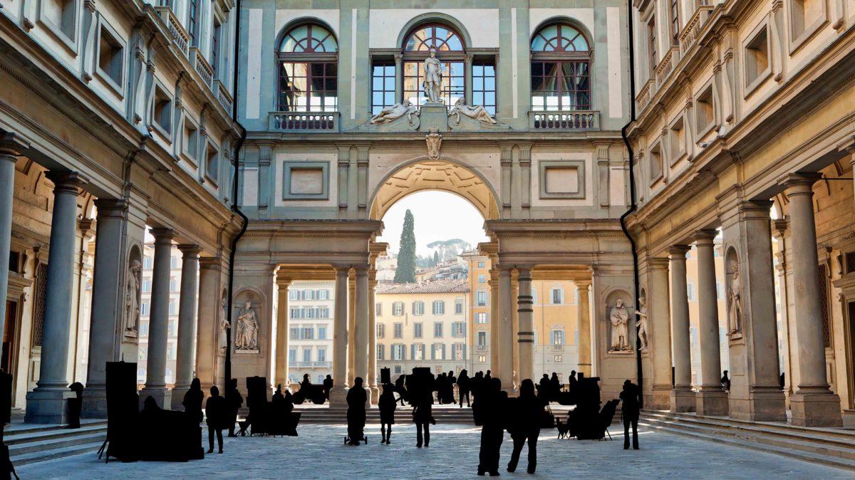 Piazzale degli Uffizi, Firenze, Italy