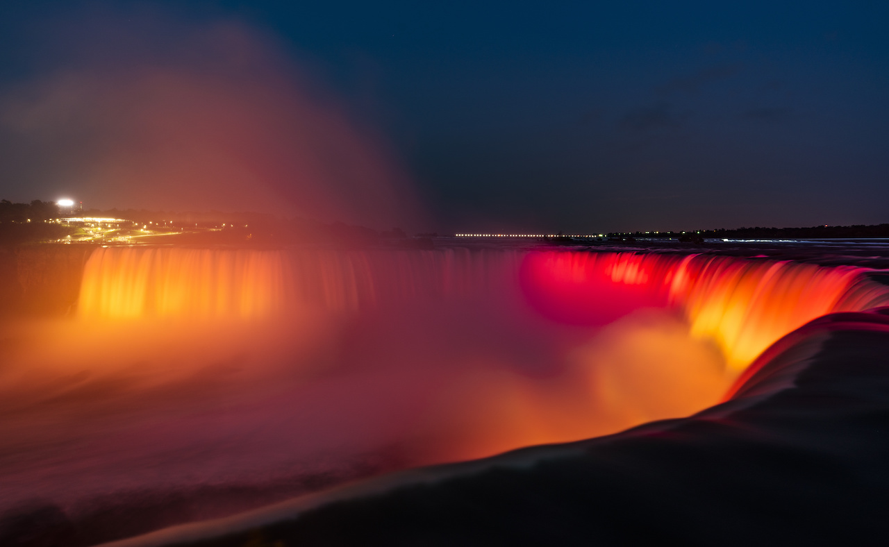 5 reasons to visit Niagara Falls in winter