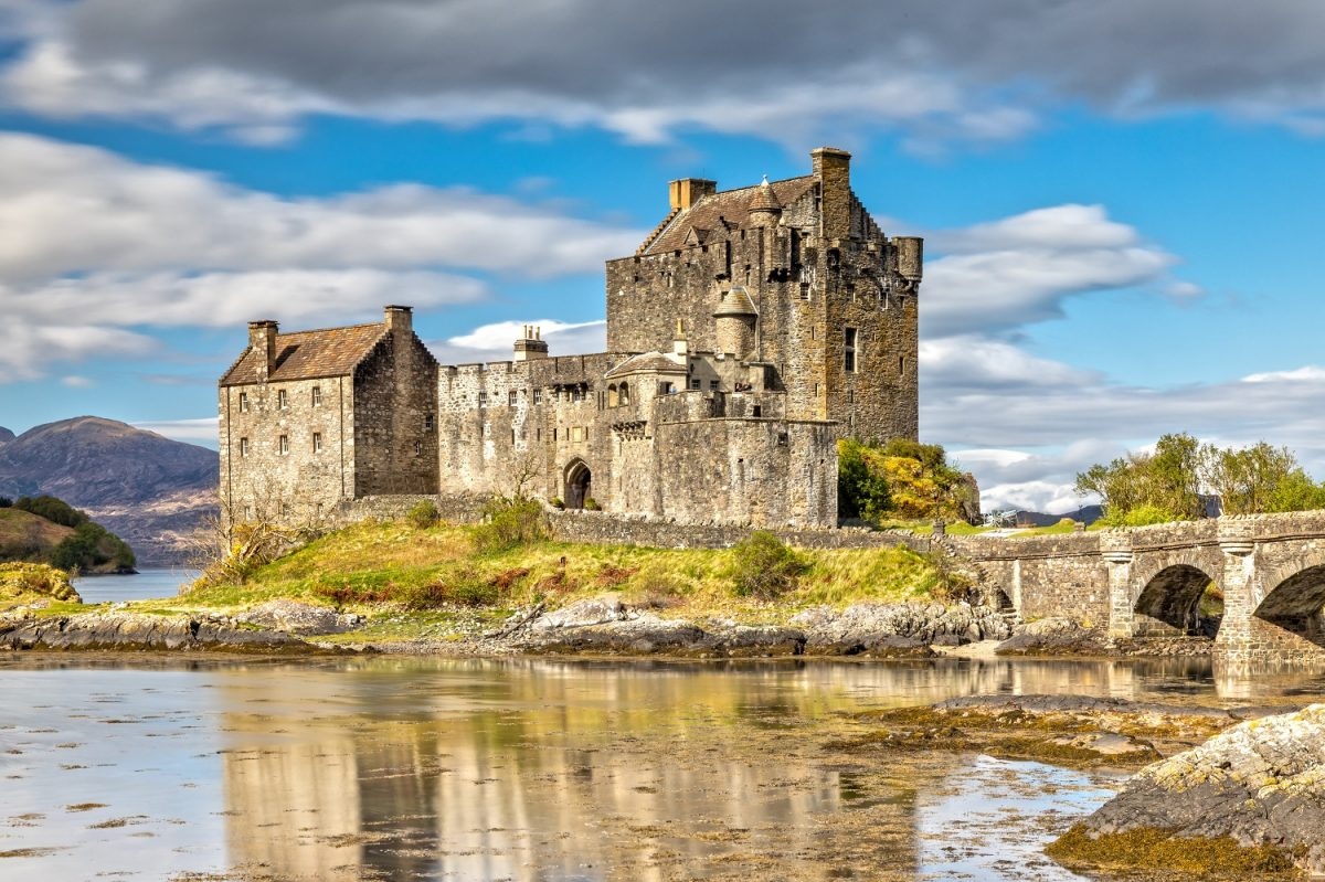 fascinating castles in Scotlan
