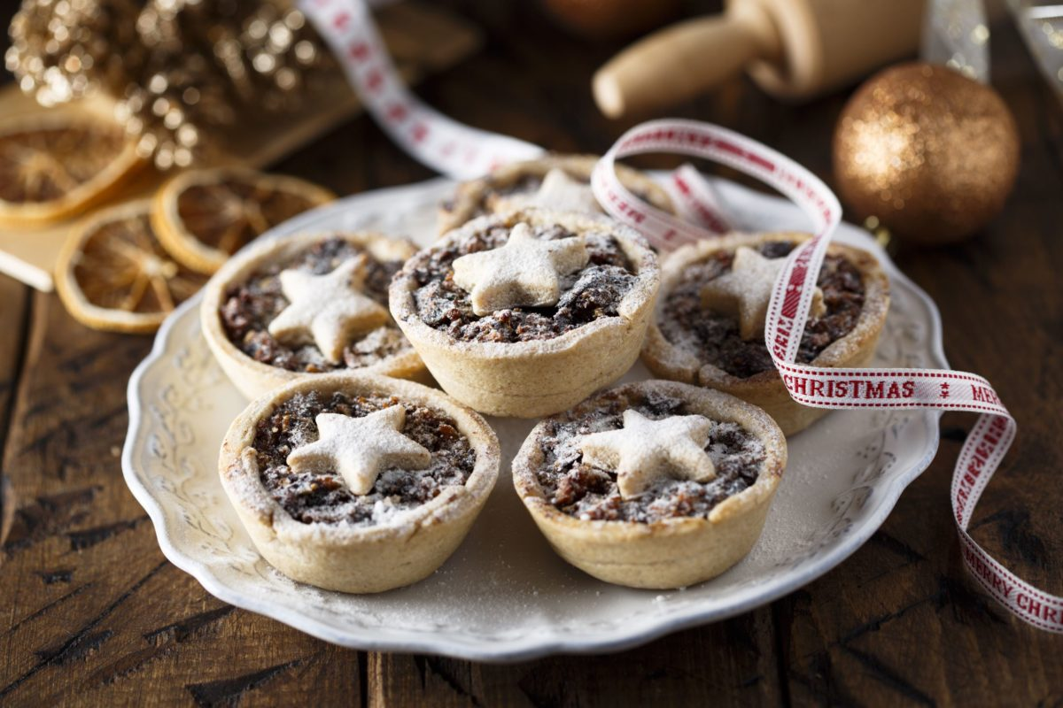 Christmas Traditions in the UK - Mince Pies