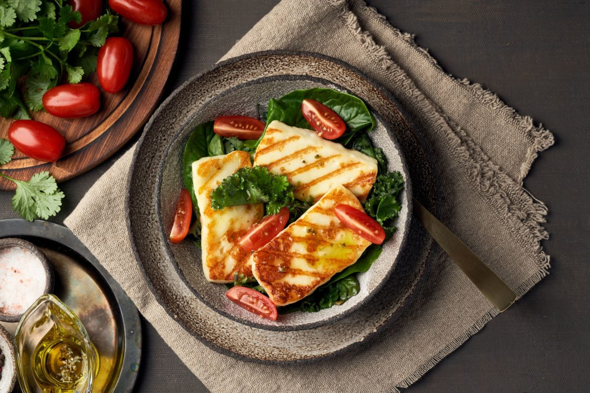Grilled halloumi cheese - foods to try in Cyprus