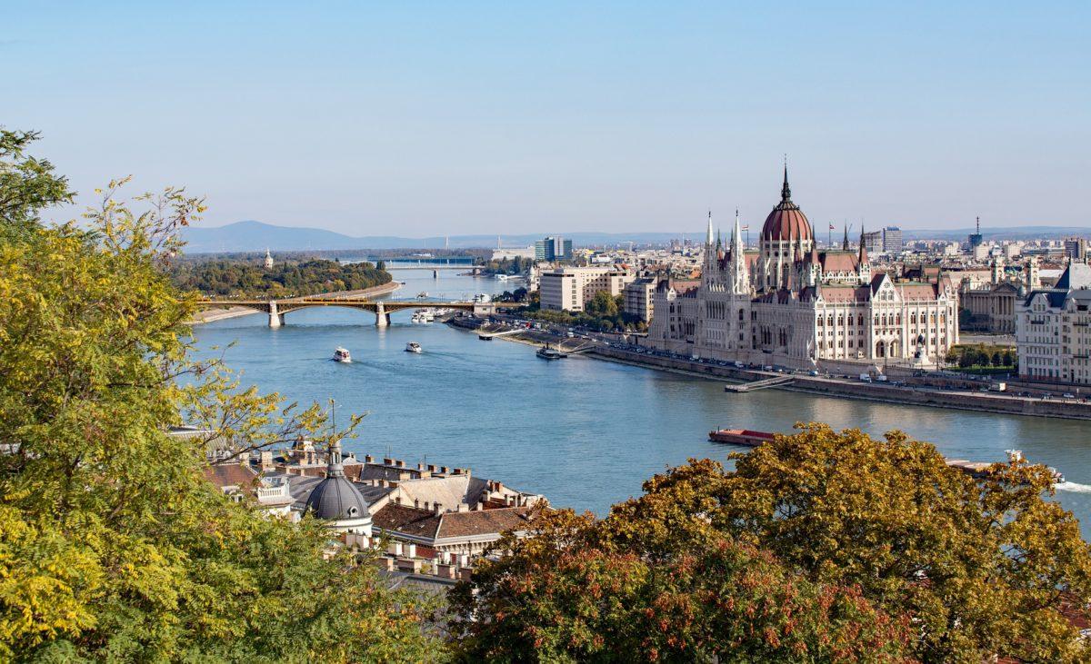boedapest skyline donau parlementsgebouw
