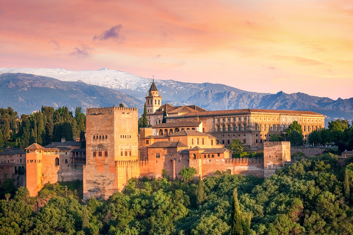 Most popular attraction in each Spanish province - Alhambra